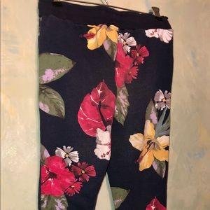 Zara Tropical Flower Navy Blue Print Sweatpants 14